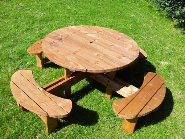 Heavy Duty supersized 8 Seater Excalibur Picnic table Ref: SSEXCAL