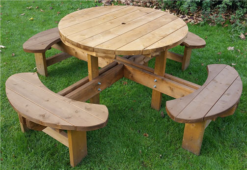 King sized Excalibur round picnic table